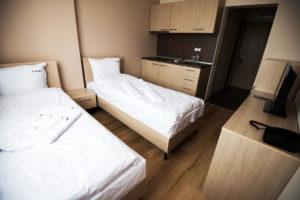 double room court inn