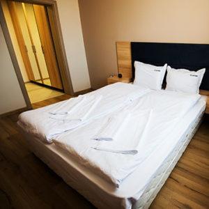 court inn double room offer